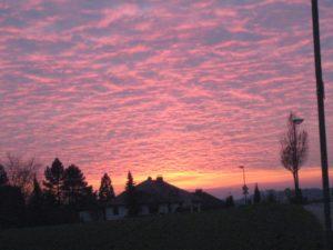 Schöne Sprüche - Sonnenuntergang am Feld